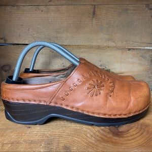 Klogs Leather Slip-On Mules Clogs